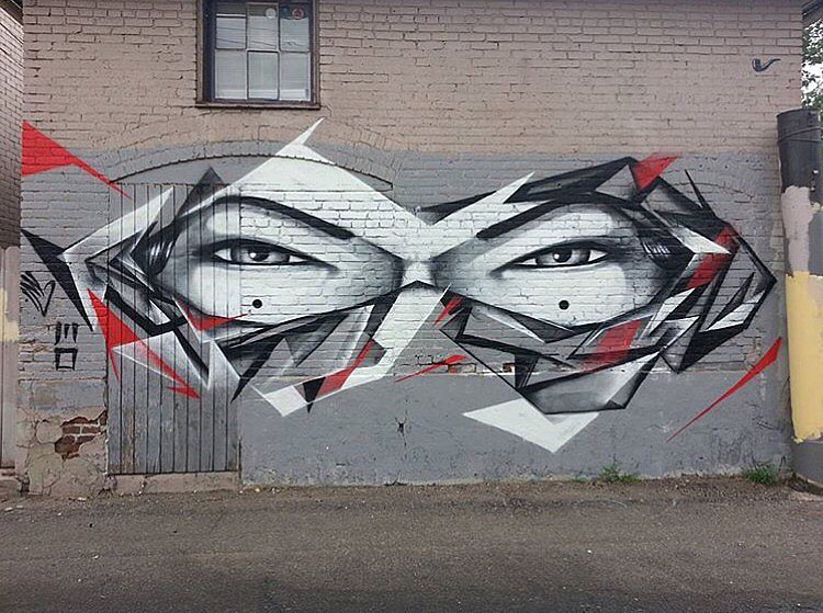 @caseykawaguchi & @easeone_tx • • #mural #art #caseykawaguchi #easeonetx #graffiti #grafite #streetart #spratx