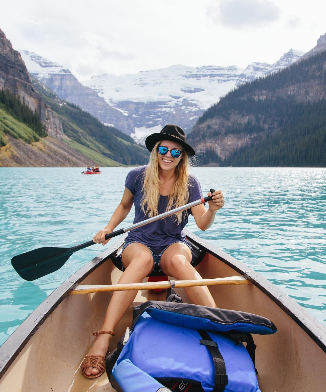 """It was pretty fun to see people's expressions when I explained that I was taking a month long trip from San Diego all the way to Banff, Canada."" @kara.donovan See more of Kara's beautifully orchestrated trip entitled, North West Wonder on the blog +..."