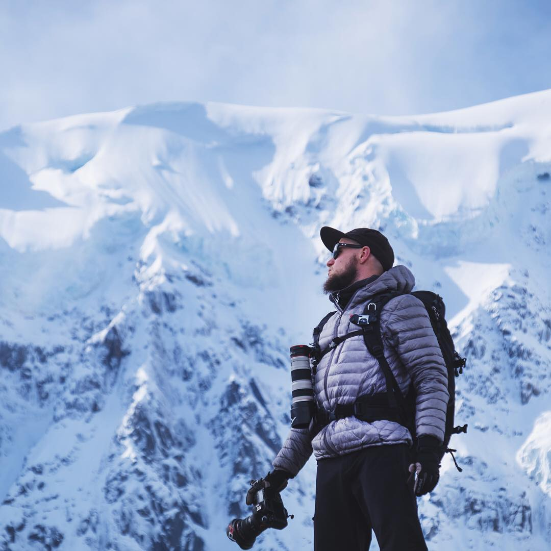 TBT to @liamlonsdale rocking Capture Pro and Capture Lens in the French Alps with the PD team. Like us, Liam doesn't believe in missed shots. #findyourpeak