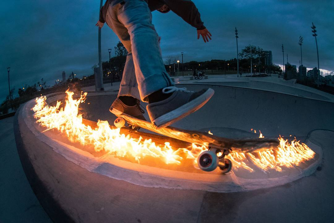 International male hand model and #LoadedAmbassador @guillesalva33 is apparently too hot for the flint encrusted coping of Barcelona skate parks.  Could be his too hot for TV appearance on America's Next Top Hand Model competition, or it could be his...