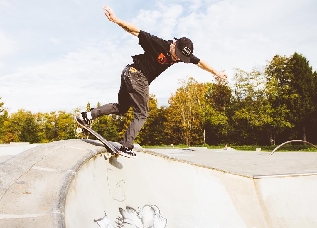 Eythan Frost back disaster at the Bellingham park #academynorthwestcrew @eythanfrost