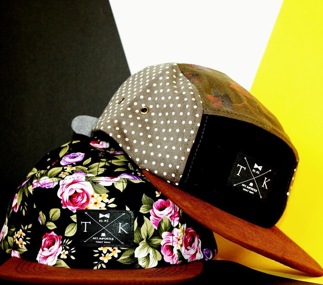 Disfrutá del fin de semana con estilo #tomikaa #gorras #diseño #buenosaires