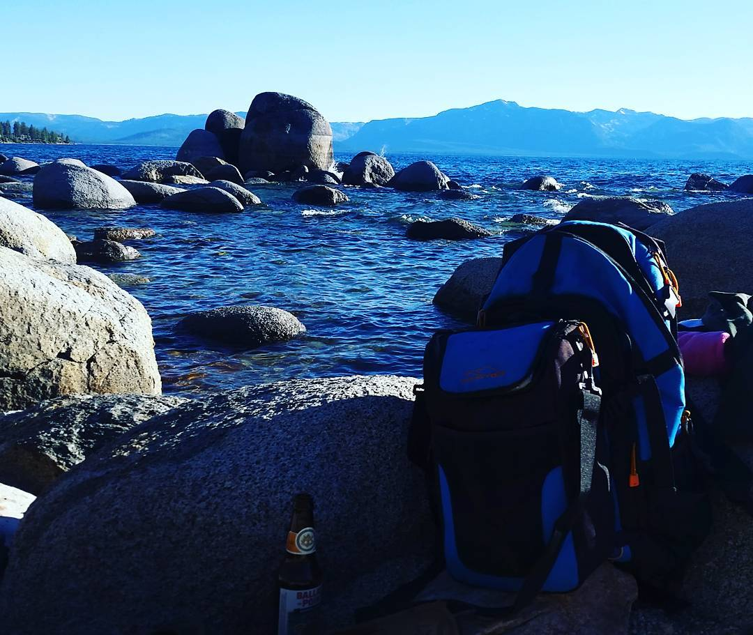 Hanging on the rocks with the Cascade and some #ballastpoint #getoutside #laketahoe #xplorewild #backpacks #coolers #brews #graniterocx #outdoorsrocx
