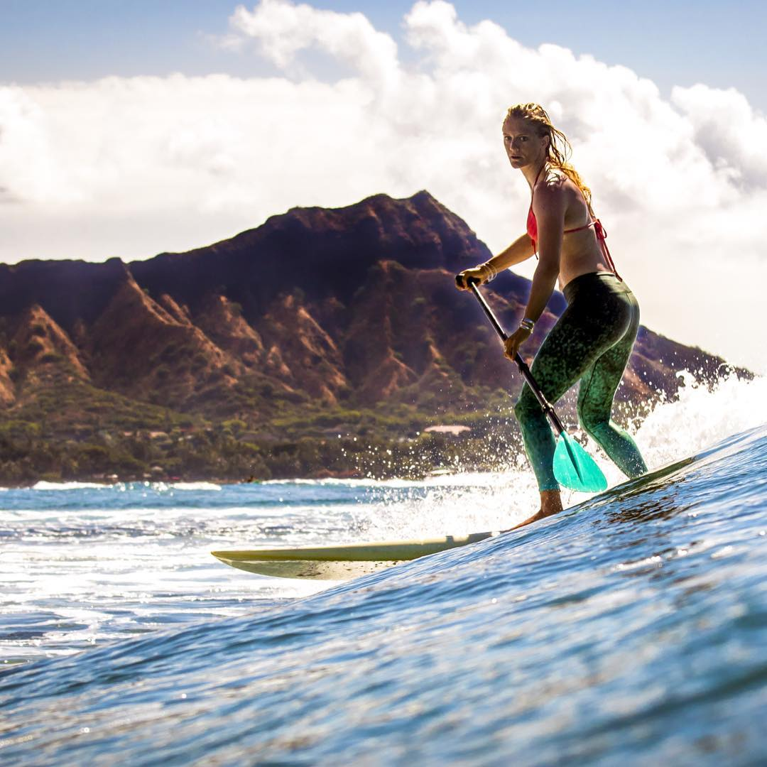 COLLECT MOMENTS NOT THINGS @gilliangibree carving out a moment & making #DiamondHead jealous
