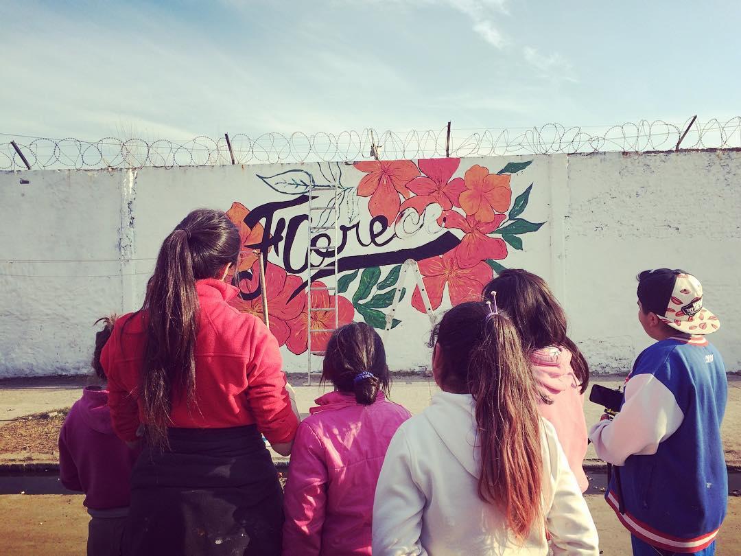 Guardianes #darte #florece #mural #streetart #kids