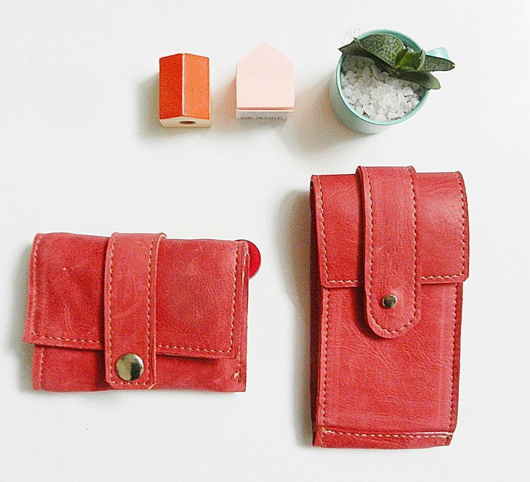 Billetera y portalentes #rojo #diseño #Pitimini #industriaargentina #trabajojusto #hechoamano