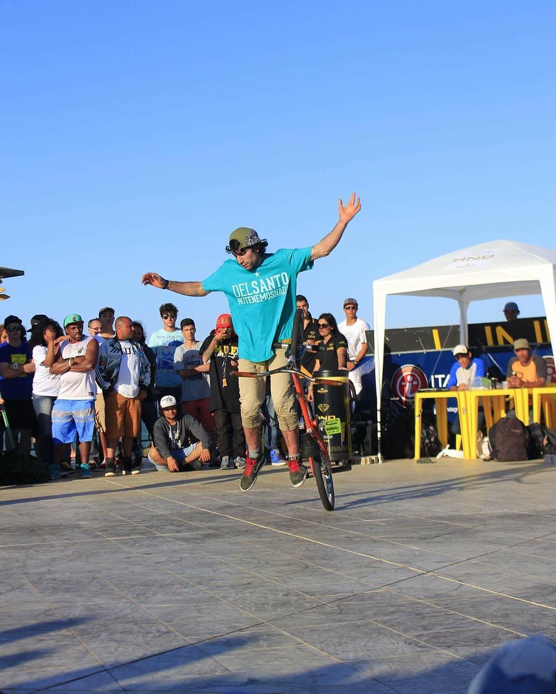 Queremos felicitar a nuestro correror @owenbohn_  que clasifico entre los 10 mejores junto a exponentes mundiales  en el famoso overground series 3 estapa del circuito mundial  @delsanto_  @delsantoteam @delsantofamily  #bmx #flat #brazil #argentina...