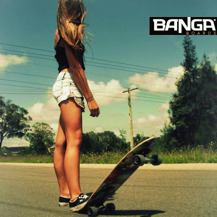 Se vienen los Banga longboards!. . . #skate #skategirl #skating #longboard #longboardgirl #bodyboard #surf #surfgirl #surfing #urban #street #streetstyle #verde #green #argentina #brasil #chile #peru #venezuela #rad
