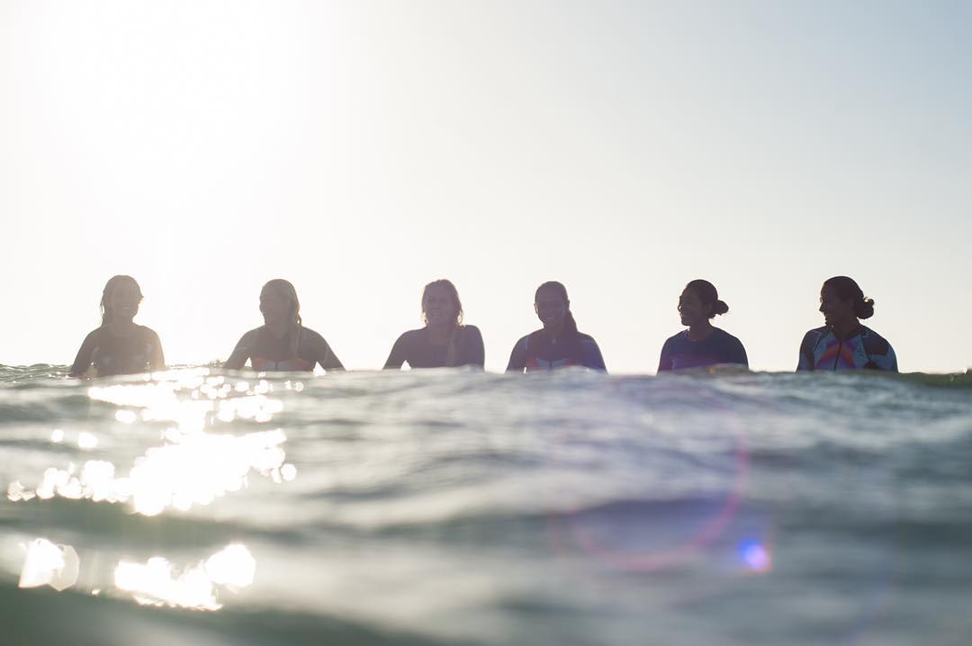 The squad is in town and ready to cheer the team on at the #VansUSOpen! Tune in to @WSL online for all the action.