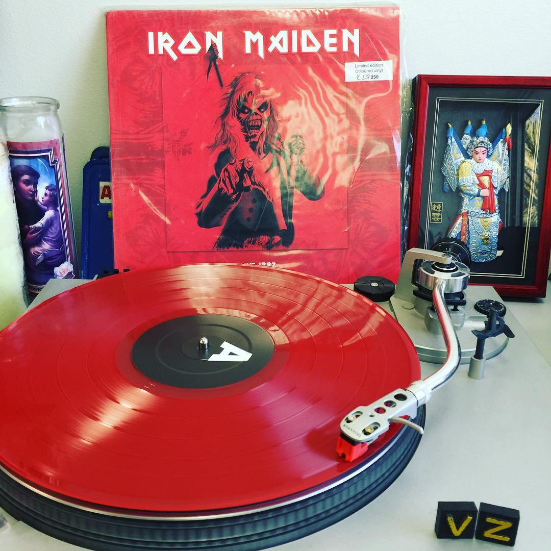 It's #TurntableTuesday and we are firing it all the way into the red zone with a limited edition pressing of @IronMaiden Live 1982 in red vinyl! Turn it all the way up and blow your speakers with this one!!! #SupportWildLife #VonZipper