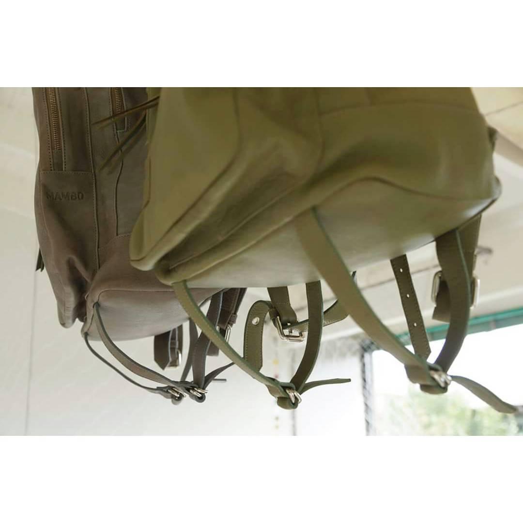 Llevá lo que quieras a donde quieras en nuestra mochila Granada, diseñada para transportar grandes volúmenes.  Find it: www.mambomambo.com.ar  #traveloften #mambobackpacks
