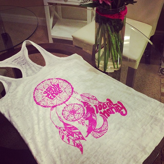 Pink dreamcatcher tanks in for @standup4thecure tomorrow at Newport Dunes Beach in Newport Beach, California.This amazing SUP event raised $100k last year in one day to support breast cancer research. 10% of our sales tomorrow will go back to Standup...