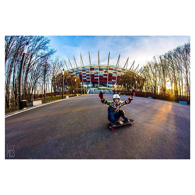 Dorota Szwecja Kuczmarska from LGC #Poland in #Warsaw's National Stadium. Sylwia Pfeil photo for FlyPics. Enjoy the weekend! #longboardgirlscrew