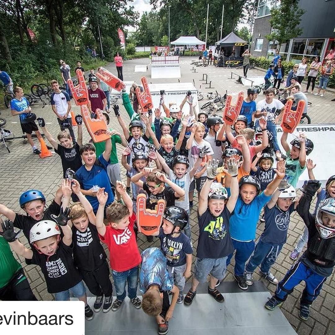 #Repost @kevinbaars First photo by @storytime_media from our BMX event 2 weeks ago. So stoked on all the smiles and how much kids and riders showed up ! See you next time. #bmx #event #riders #photo #ridetwenty #ridetwentybmx #ridetwentyprojects...
