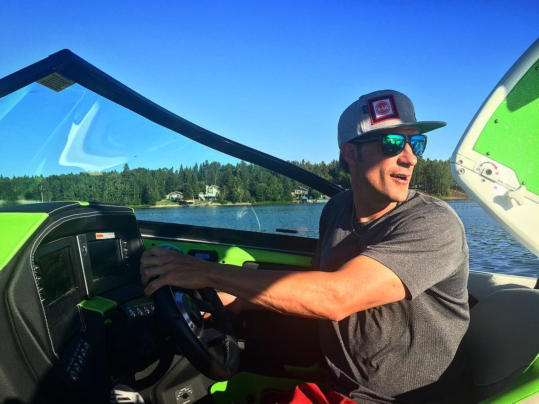 Driving through an incredible week north of the border up here in Canada.  The @roswellmarine team came to play, and the #SmilesForMiles have been all-time!! #TeamCenturionBoats #RoswellMarine @hiballenergy #ri217
