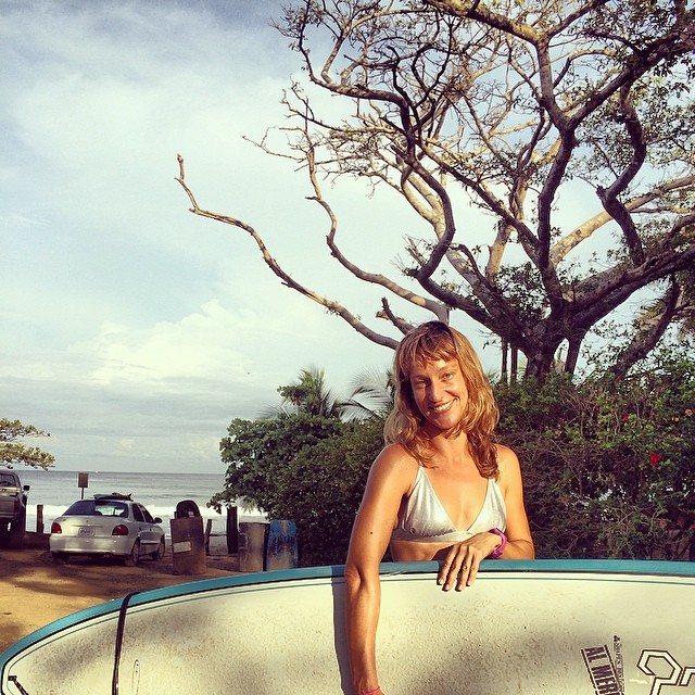 Starting the weekend off right with a super fun morning surf at Avellanas. Katia rocking the cross back top in silver...hot!!! #miola #miolainthewild #costarica #avellanas #puravida #surferbabe