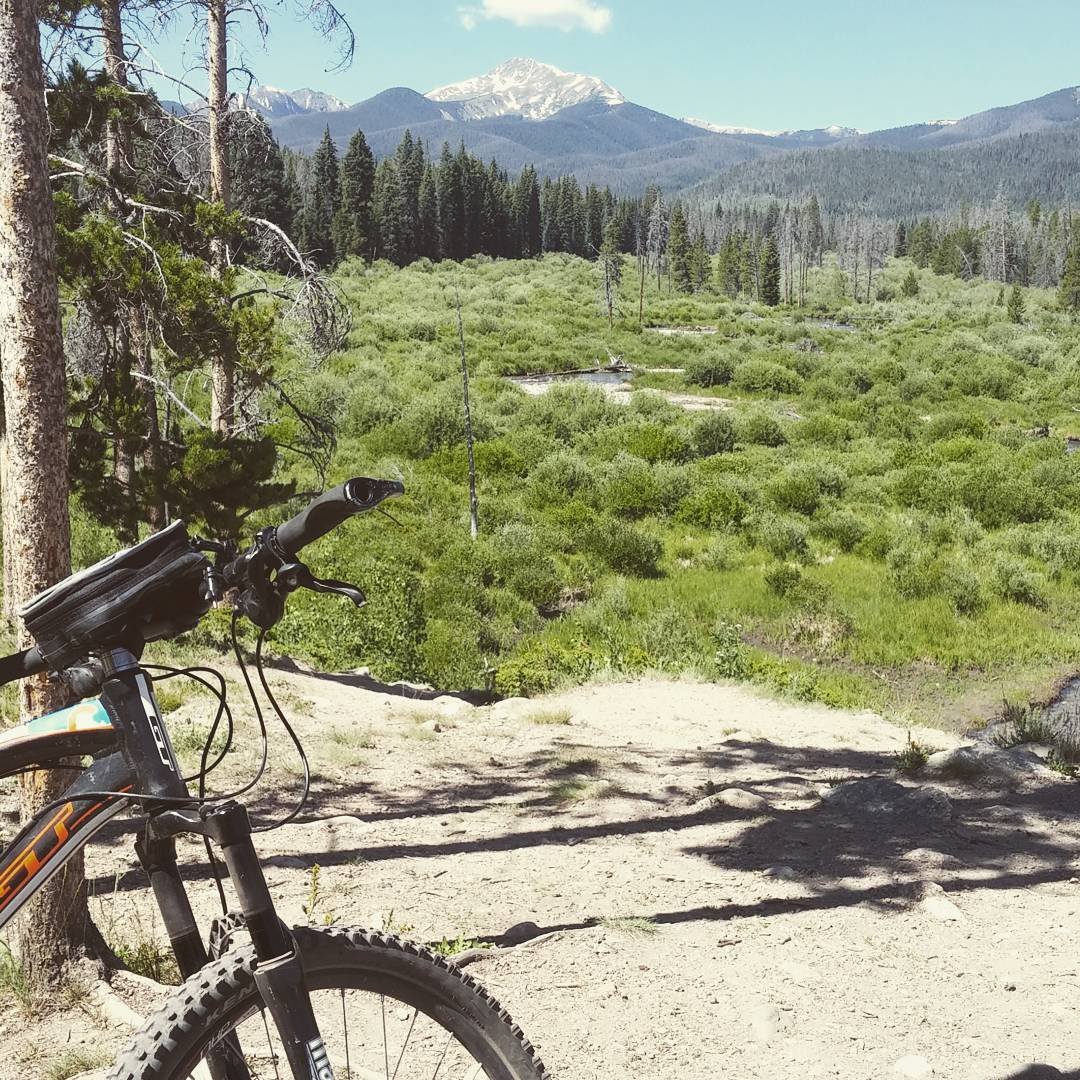 #moutainbiking #winterpark #mtb loving the #view glad GG handle bar bag had phone in it