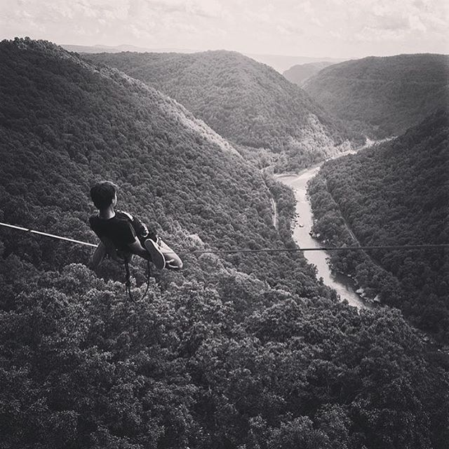 KIND athlete @davis_hermes floating over the New River Gorge... #liveyourdream #kinddesign #kindathlete #davishermes - great photo @slackermarteen