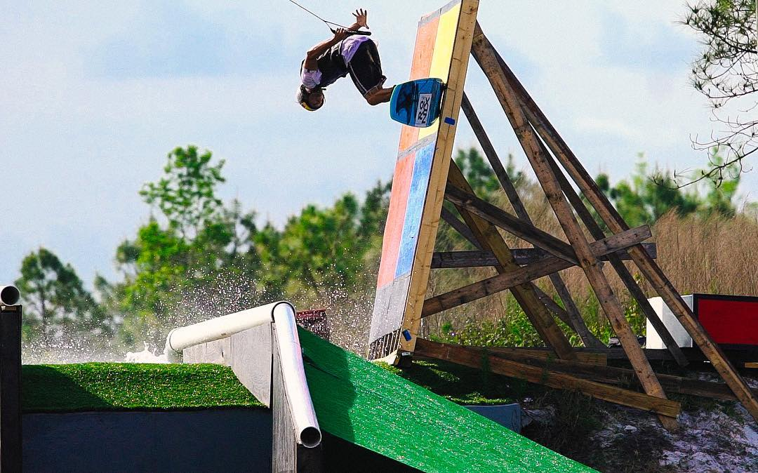 Our World of ❌ Games #RealWake Show will air Saturday at 2:30 pm ET/1:30 pm PT on ABC! (