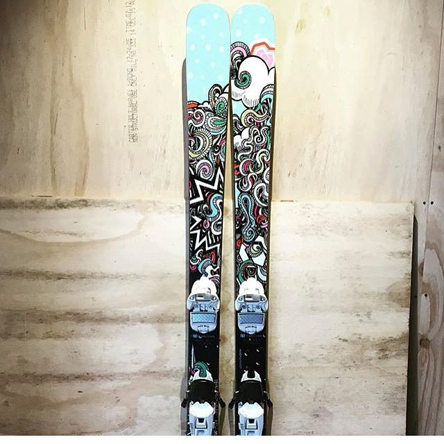 Skiing at @perisher_resort and wishing you could get your boots into a pair of @coalitionsnow skis? Our friends at @blackbirdbespokeskis have you covered. Give them a follow and drop them a message to set up a demo. #regram @blackbirdbespokeskis...