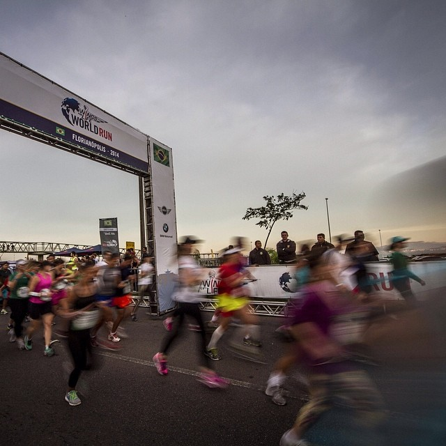 They're off. The #wingsforlife #worldrun start in Brazil.