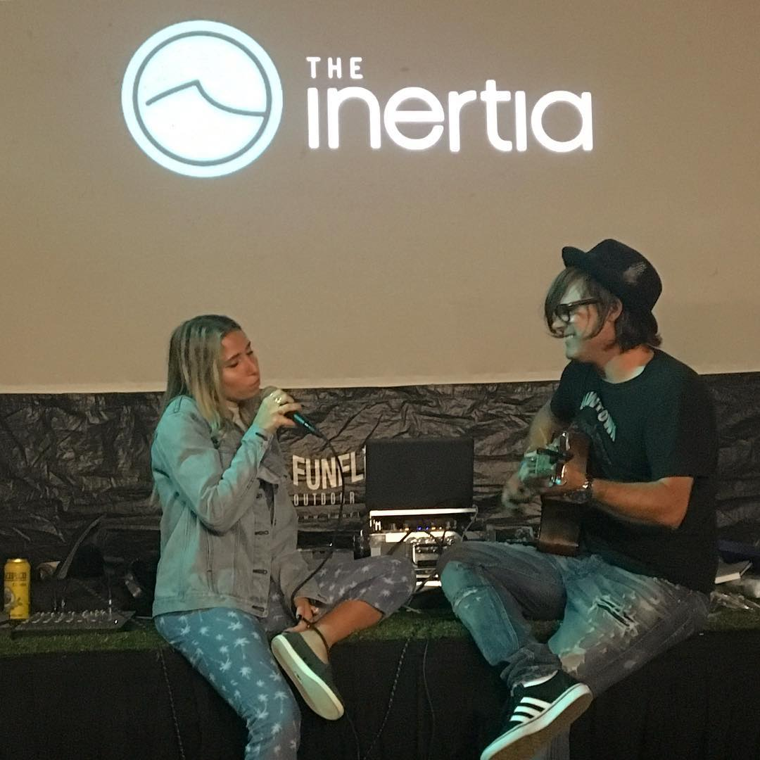 What a fun night!! Thank you @lilymeola for such beautiful music!! @theinertia @international_surfing_museum