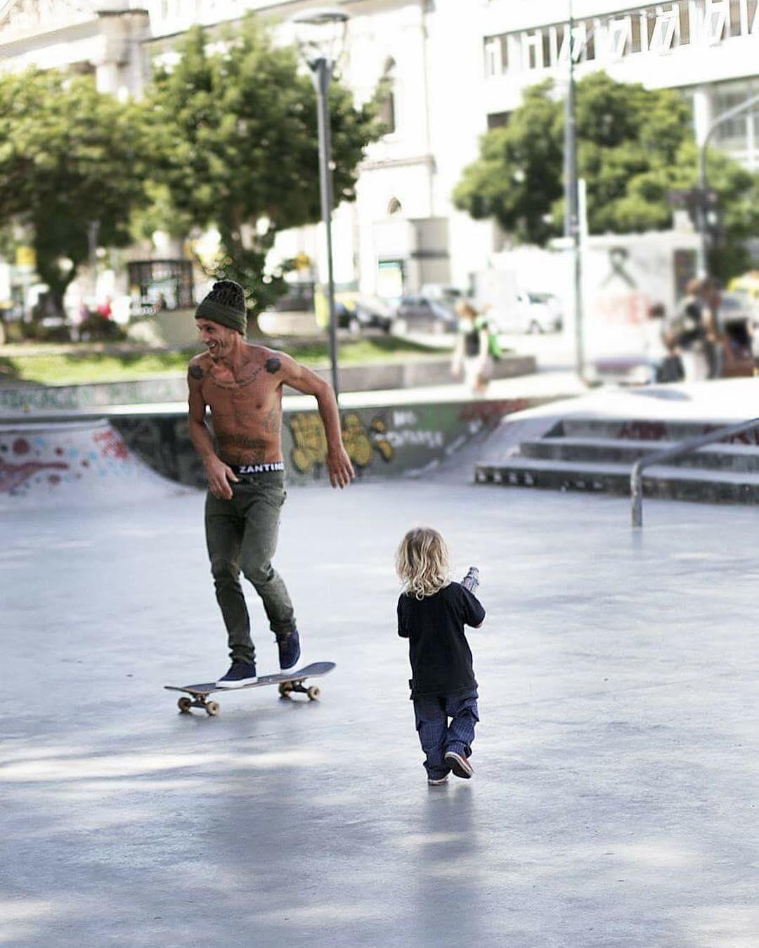 Family skate day! #ComunidadSpiral #SpiralShoes #Skateboarding #Skatelife #Skatestyle #Skateordie #Skateeveryday