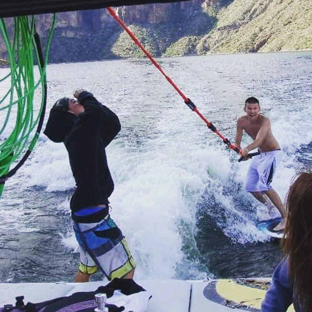 @amstatus131 wins this weeks #SupportWildLife photo contest for posting this photo of him and his buddy getting wild! You can win too by posting your own wild photo and tagging #SupportWildLife! New winners are selected each week! - #VonZipper
