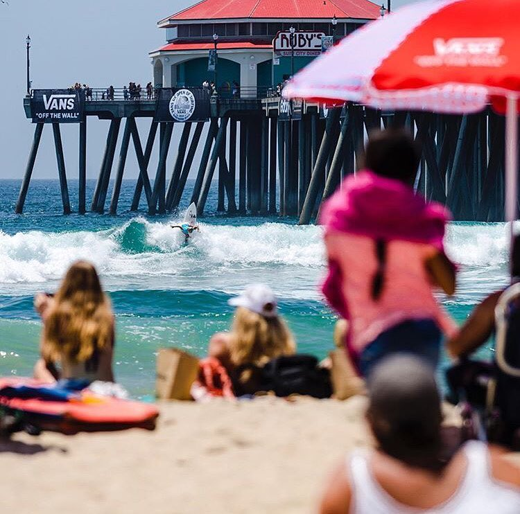 Happy #behealthygetactive Friday! Don't forget to tune in on Sunday to watch Team B4BC's @sageerickson, @courtneyconlogue, and @maliamanuel compete in the final day of the @usopenofsurf in Huntington Beach!