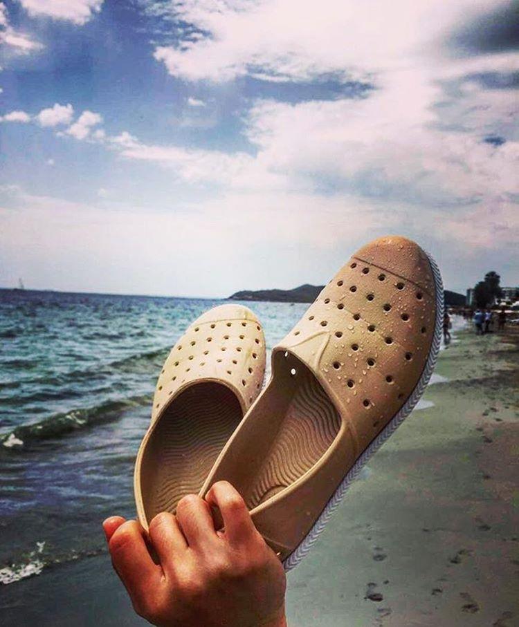 Agarrate fuerte de tus #HUMMS y dejá que te lleven por los mejores momentos! Gracias @negraok por llevarnos de viaje a Ibiza. #HUMMSporElMundo