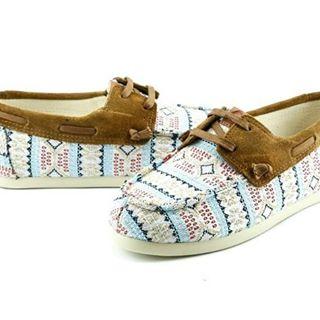 Texturas #lowsider  #perkyshoesar #náuticos #shoes #maslivianasporgentileza #perkyxahi #follow4follow #followme