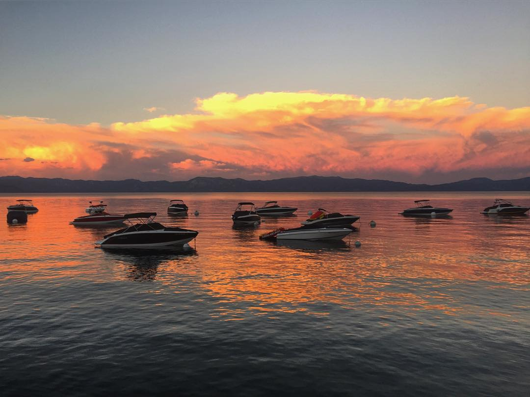 Picture perfect on Lake Tahoe #sunset #sunsetchaser #tahoe #roadtrippinwithrachel