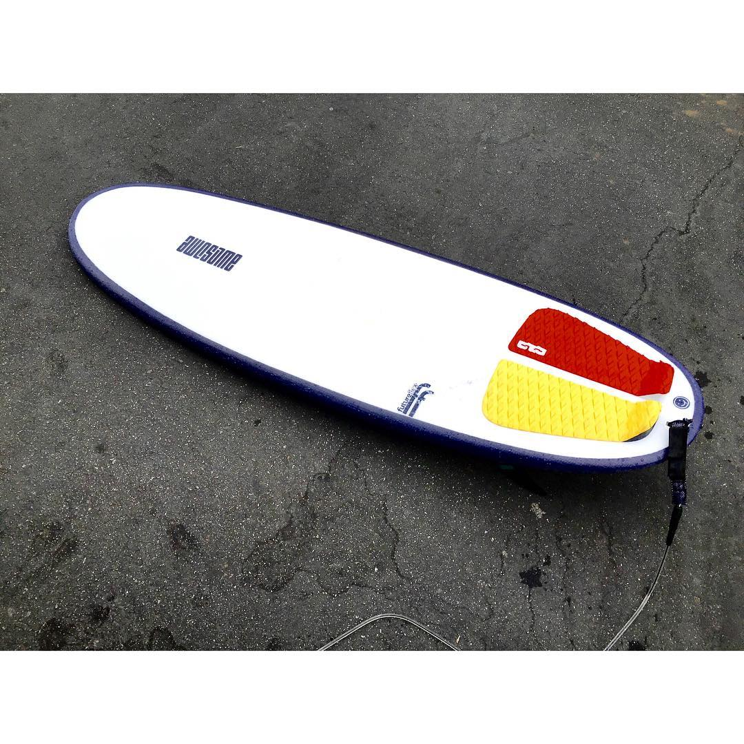 Need a summer board? This slightly used Super Lozenge is up for sale. Pick up in SF or SC. Future flex . 5'4 x 19 3/4 x 2 5/16 #awesome#awesomesurfboards #boardsforsale#summersurf