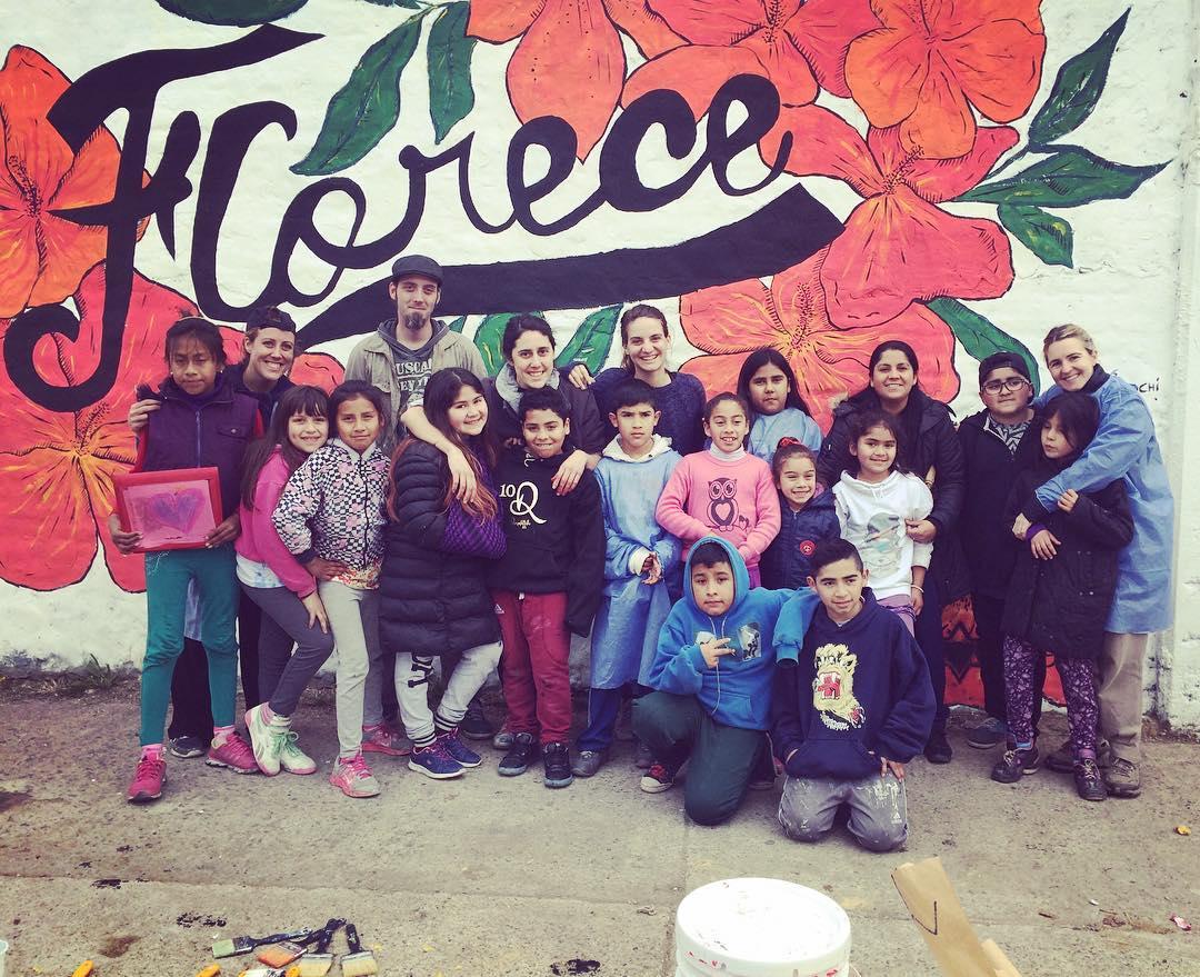 Fin del mural. Florecemos! #darte #mural #streetart #islamaciel