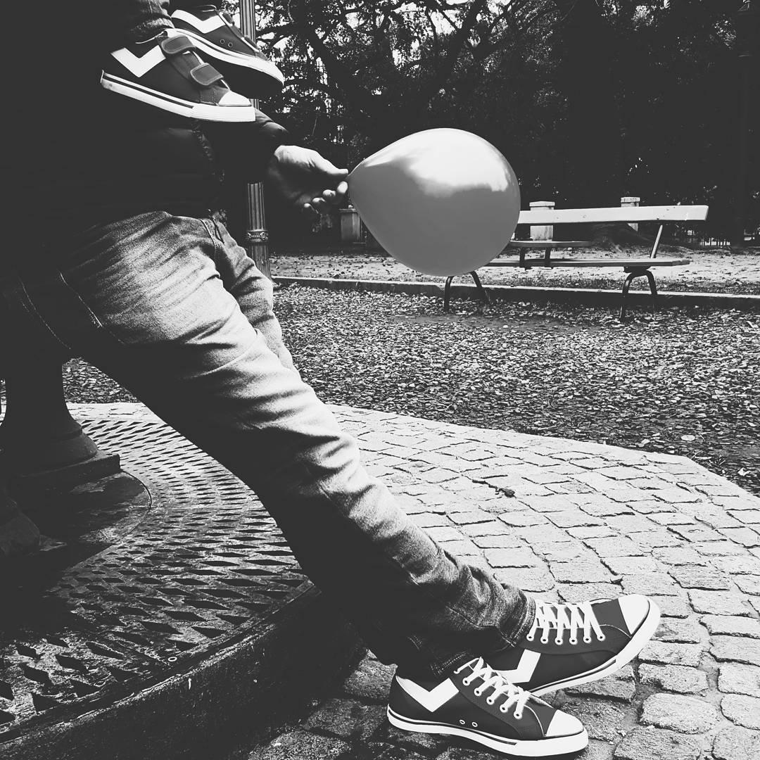 Los domingos en familia!❤ . . . #vscocam #vsco #bestofvsco #vscogood #instamood #instadaily #instagood #instacool #sunday #vibes #sneakers