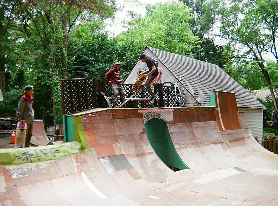 Super rad shot of @mitch_stfg slaying his gnarly backyard ramp! Dude is a monster!!