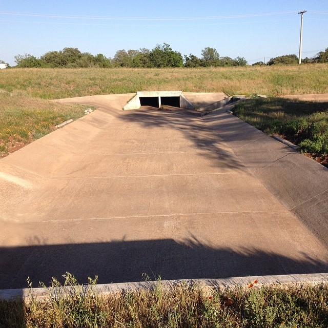 Found this secret nugget today. Where's your favorite #ditch to #skate? #skateboarding #skateboard #skatelife #skateditches #skatespot #deepintheheartoftexas