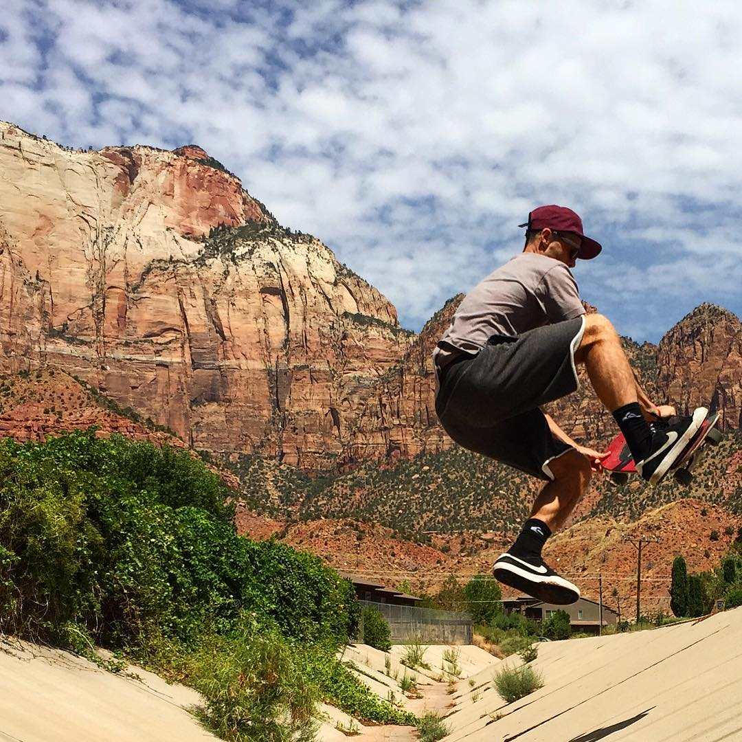 CANYON-AIRING IN ZION The trail crew took time to clean out trash from this ditch to leave it better than we found it.  #fastplant #radparks #parksproject #findyourpark #leaveitbetterthanyoufoundit #skateparks #nps100