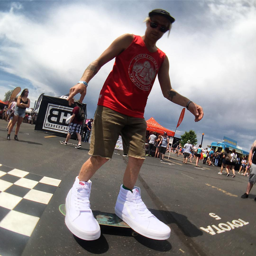 @patmilbery out there in the size 66 @vans at the @vanswarpedtour Denver stop! Swing by the vans red tent and say wuddup and check out the rad art they'll be slapping on those giant kicks!!