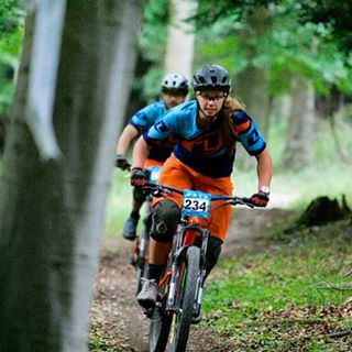 #MondayMotivation A slight change of scene for @traharn, moving from racing the @world_enduro  in the mountains of Italy, to racing the @southernenduro  in Portsmouth(UK) was quite the contrast... But at least she got to race with her Bro! Stay rad...
