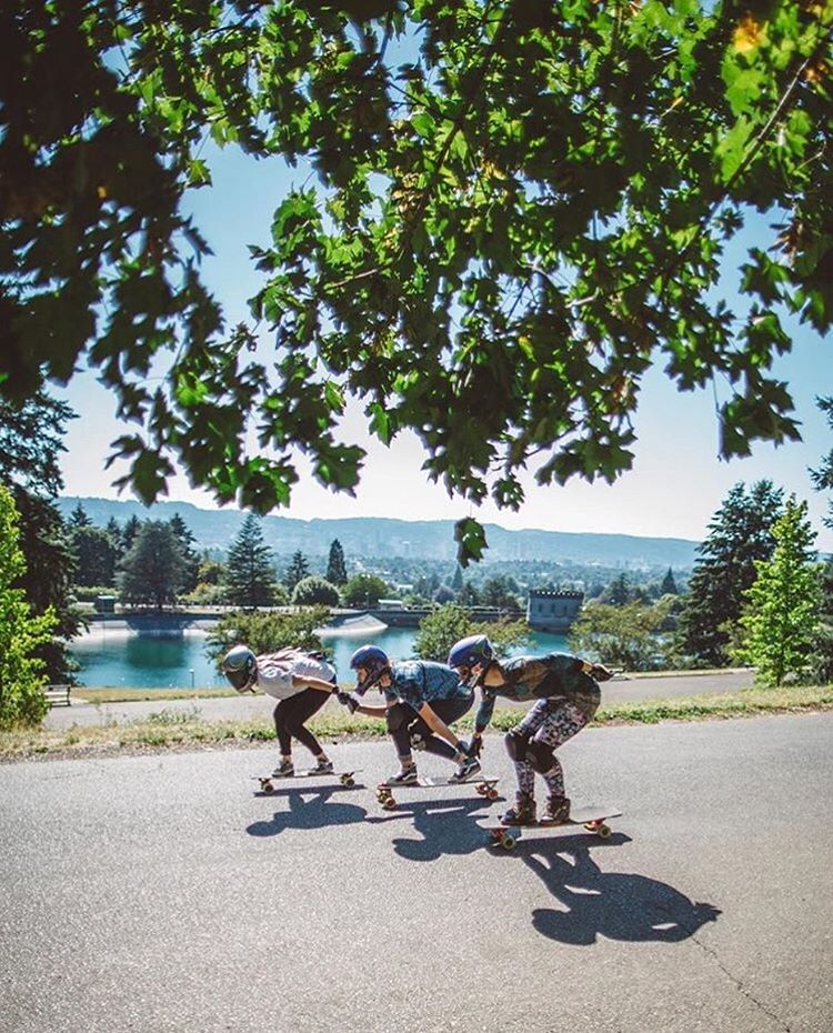 @skatography with another killer shot of the ladies in Mt. Tabor. Hope you all had an amazing weekend filled with friends, skate & dry weather