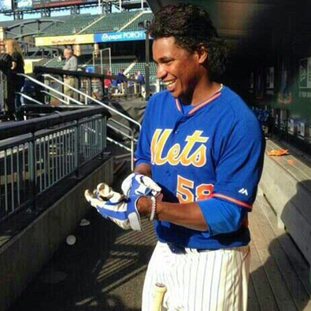 Good luck tonight to the @Mets and their starting pitcher Jenrry Mejia! #Mets #JenrryMejia #livelokai