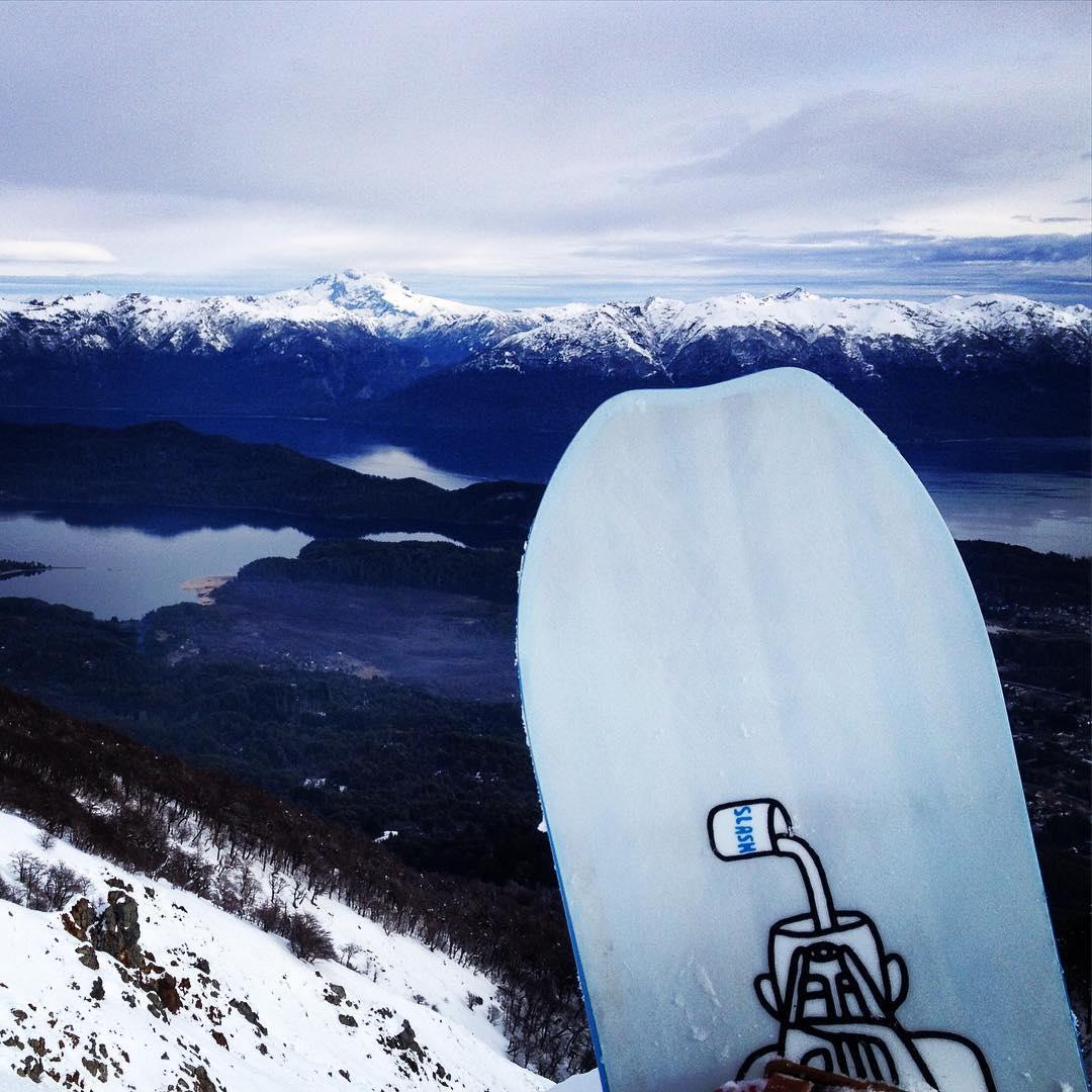 El tronador, el lago y mi Slash @slashsnow #atv #patagonia #argentina #livethesearch @ripcurlargentina #atribecalledslash