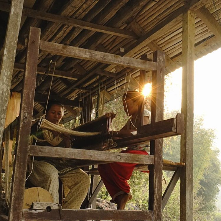 Wednesday weaves. Setting the loom is a team effort at our nettle collective in Eastern Nepal. #estwst #connectglobally #liveauthentic
