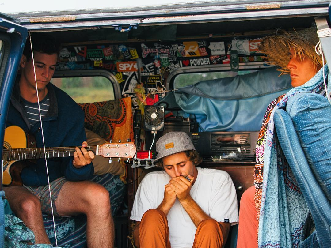 Sunset van jam sesh.