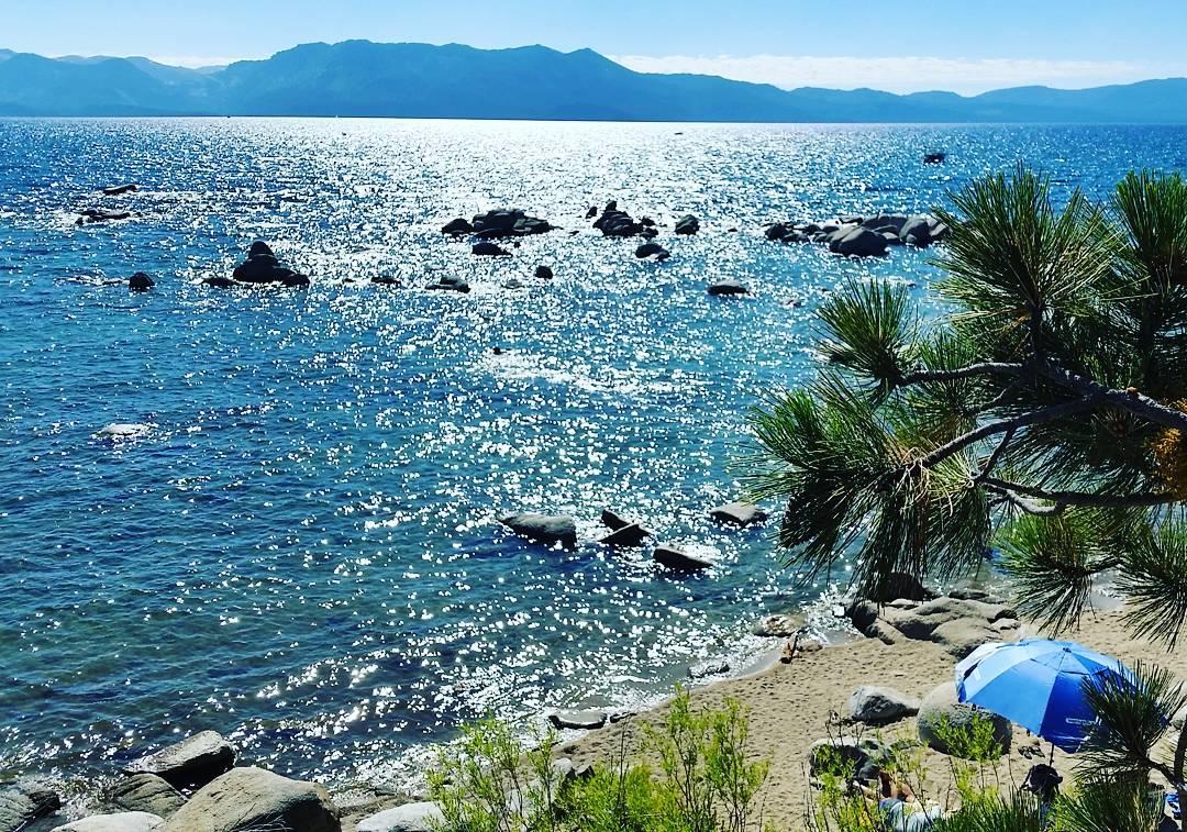 Great summer days in #laketahoe #getoutside #beach #xplorewild #tahoesouth #tahoesnaps #renotahoe #adventure #graniterocx #outdoorsrocx