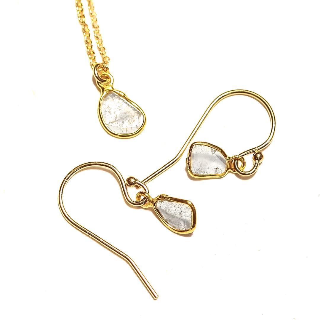 Make it match! White Diamond Slices for your elegant night & day attire. #classicstyle #coastalstyle #elegant #diamonds  #diamondslice #juliaszendrei #finecollective #summer #white #diamonds #elizabethtaylor @barneysny