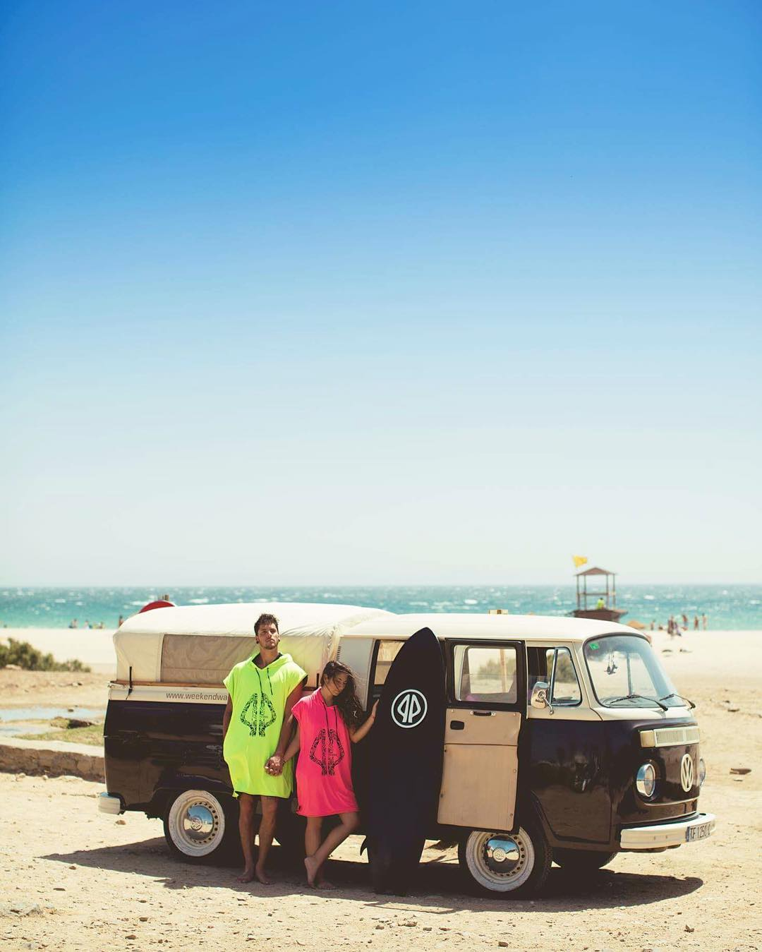 Wherever you go, bring your dreams with you. . . PONCHOS FLUOR AVAILABLE . . #surf #surftrip #vw #combi #van #roadtrip #beach #kitesurf #surfwear #womenwear #poncho #palapapa #tarifa #spain #bettertogether
