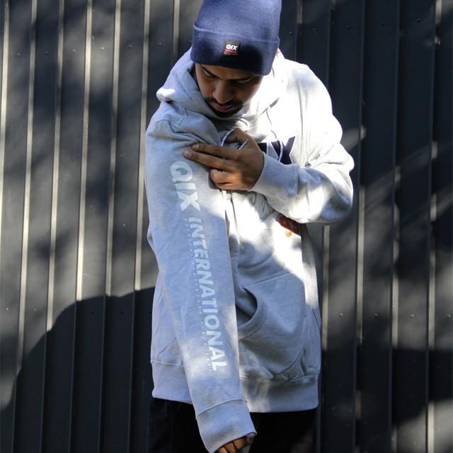 O inverno da #qix chegou com vários moletons pesados pra dar um style no seu rolê!  Moletom Front Pocket - LOJAQIX.COM.BR #qix #qixskate #streetwear #moletom