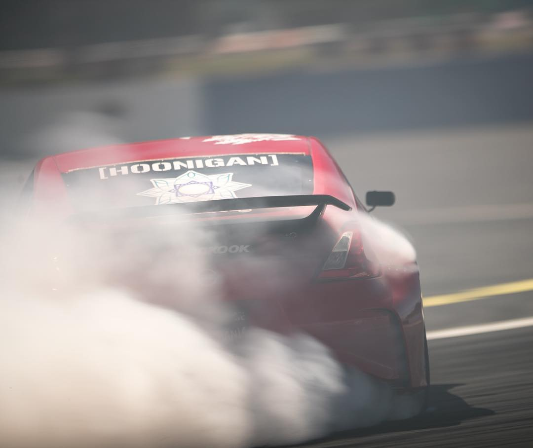 Stone cold @geoffstoneback out there burning rubbers today, getting ready for @formulad Seattle. Who you got to win this round? #bestbeahoonigan
